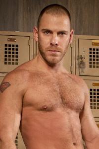 male muscle gay porn star Drew Cutler | hotmusclefucker.com