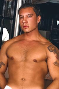 male muscle gay porn star Fernando | hotmusclefucker.com