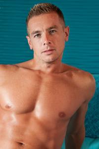 male muscle gay porn star Slade | hotmusclefucker.com