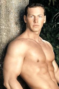 male muscle gay porn star Robert Balint | hotmusclefucker.com