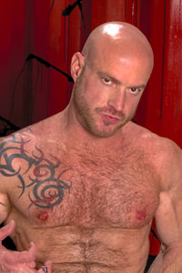 male muscle gay porn star Ken Braun | hotmusclefucker.com