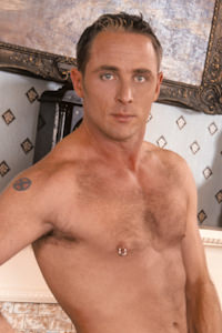 male muscle gay porn star Nate Summers   hotmusclefucker.com