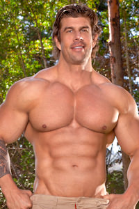 male muscle gay porn star Zeb Atlas | hotmusclefucker.com
