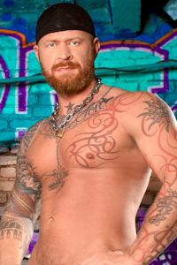 male muscle gay porn star Warrick Cade | hotmusclefucker.com