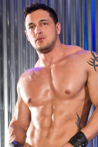 male muscle gay porn star Joey D | hotmusclefucker.com