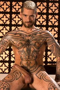 male muscle gay porn star Logan McCree | hotmusclefucker.com
