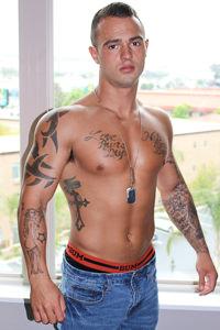 male muscle gay porn star Johnny B | hotmusclefucker.com