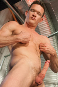 male muscle gay porn star Jackson Lawless | hotmusclefucker.com