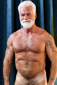 male muscle gay porn star Jake Marshall | hotmusclefucker.com