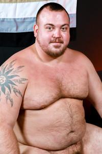 male muscle gay porn star Hunter Scott | hotmusclefucker.com