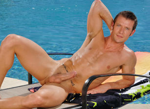 gay muscle porn clip: KEVIN CROWS - Kevin Crows, on hotmusclefucker.com
