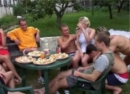 Bi Garden Party, Scene #01
