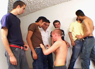 Guadalajara Chili Gang Bang, Scene #01