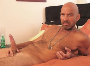 gay muscle porn clip: Tanned Delight - Jorge, on hotmusclefucker.com