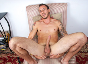 gay muscle porn clip: Right On The Money - Tony Dinero, on hotmusclefucker.com