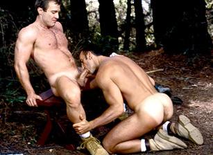 gay muscle porn video    hotmusclefucker.com