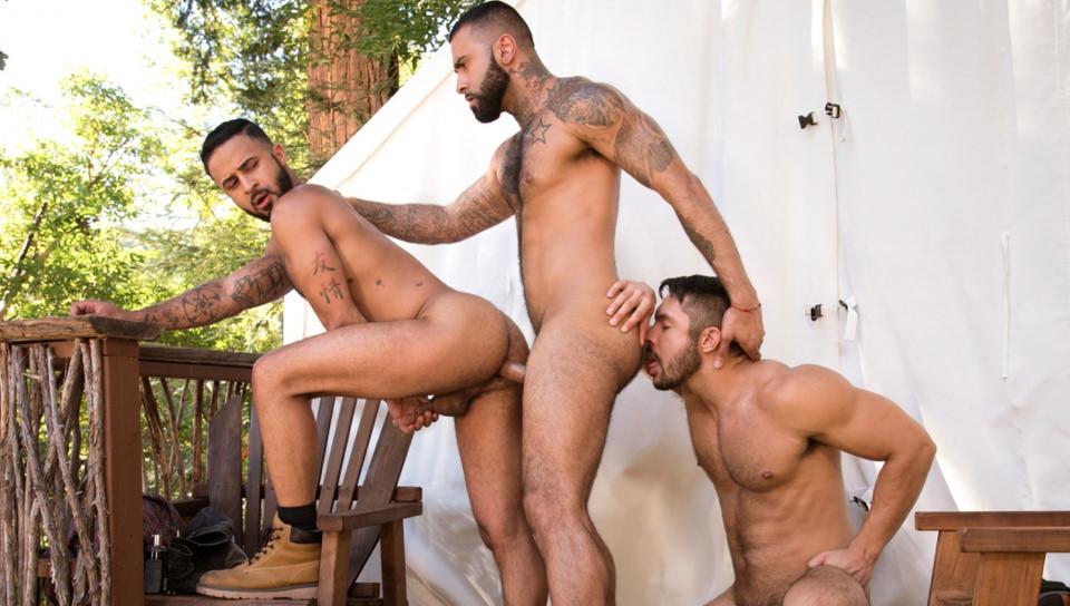 Intrappolato, Scene # 05 – Seth Santoro, Rikk York, Damian Taylor (ragingstallion)