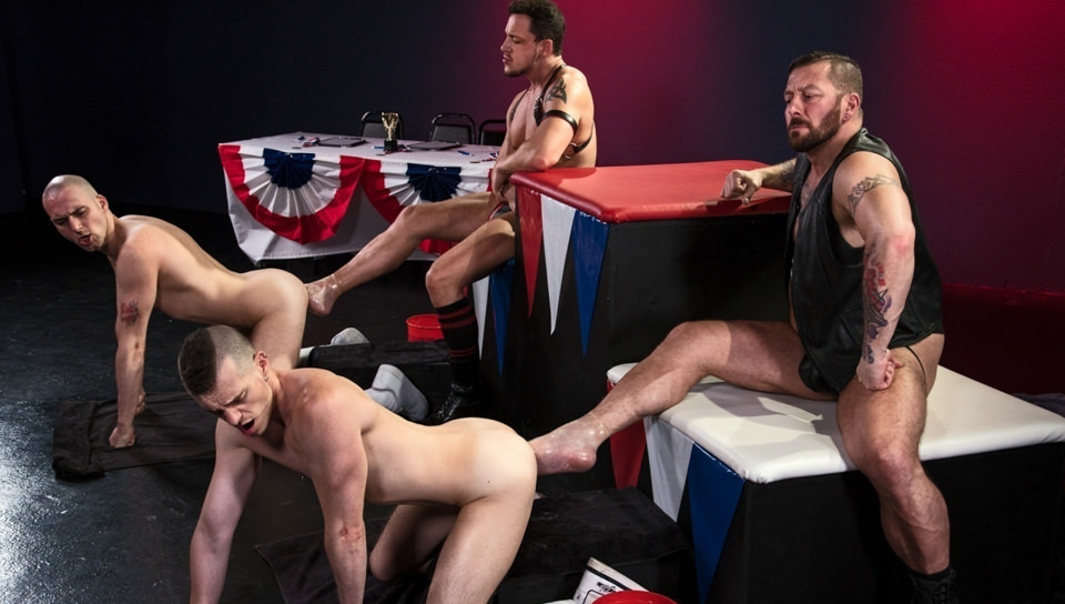 World Series of pugni, Scene # 06 – Hugh Hunter, Axel Abysse, Joey D, Sam Syron (clubinfernodungeon)