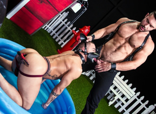 gay muscle porn clip: Skuff: Dog House - Beaux Banks & Seth Santoro, on hotmusclefucker.com