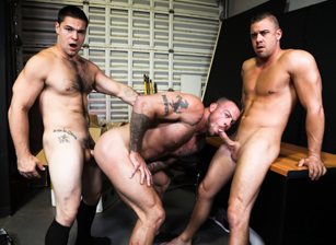 gay muscle porn clip: First Day On The Job - Aspen & Darin Silvers & Sean Duran, on hotmusclefucker.com