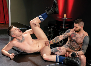 gay muscle porn clip: Fisting Theater - Axel Abysse & Teddy Bryce, on hotmusclefucker.com