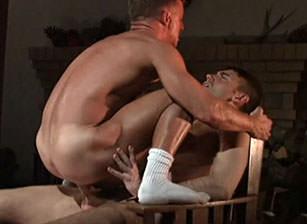 Peter Bishop & Mike Nichols in Another Man's Pleasure | hotmusclefucker.com
