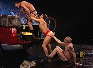 gay muscle porn clip: Handy Men - Evan Matthews & Mason Garet & Matthieu Paris, on hotmusclefucker.com
