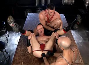 Mason Garet & Adam Russo & Logan Scott in Spread Eagle | hotmusclefucker.com